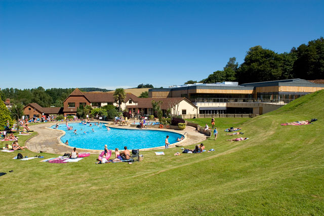 Make your dreams of a sunny holiday real in Devon